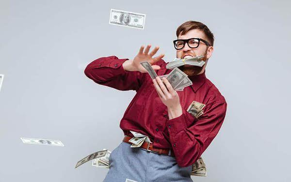 چگونه پول خود را خرج کنیم؟