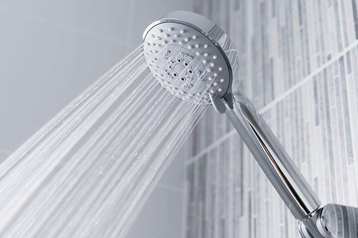 دوش حمام