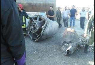 سقوط قطعات موتور بوئینگ 747 ماهان حوالی اسلامشهر + تصاویر