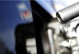 ثبت رکورد ۸۱ میلیون لیتری مصرف روزانه بنزین در کشور/ کارت سوخت دوباره الزامی میشود؟