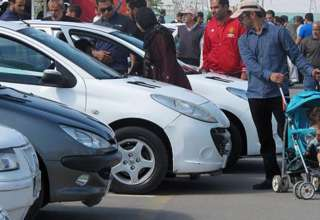 نرخ ارز و روند افزایش قیمتها در بازار خودرو / آخرین قیمت محصولات ایران خودرو و سایپا