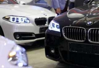 آیا قیمت خودروهای خارجی در روزهای آینده کاهش می یابد؟/ جدیدترین قیمت خودروهای میلیاردی در بازار +جدول