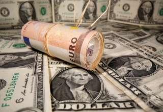 نوسان قیمت دلار و یورو در بازارهای مختلف 25 شهریور