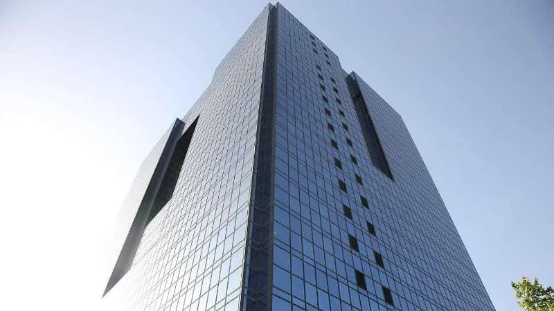 بانک مرکزی از روند رو به کاهش نرخ ارز خدماتی خبر داد