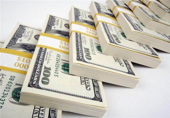 دلار  جهانی کمی عقب نشست