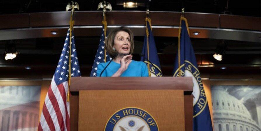 پلوسی: ترامپ برای اقدام نظامی علیه ایران نیازمند موافقت کنگره است