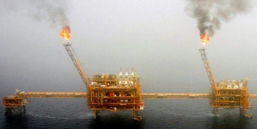 صادرات نفت ایران در ماه آوریل به بالاترین میزان طی 9 ماه گذشته رسید