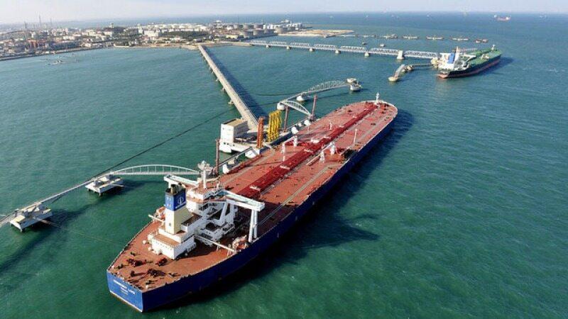 عربستان محموله های نفت خود را با تاخیر ۱۰ روزه به مشتریان میرساند