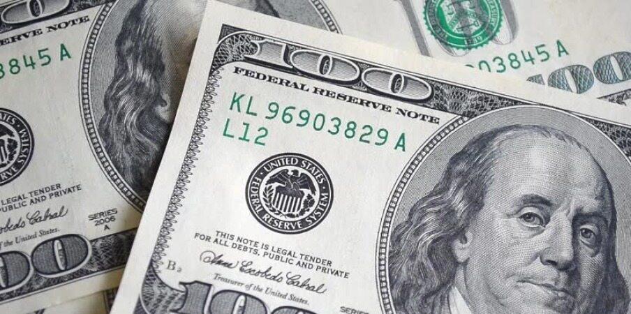 انتظار کاهش قیمت دلار درست است؟