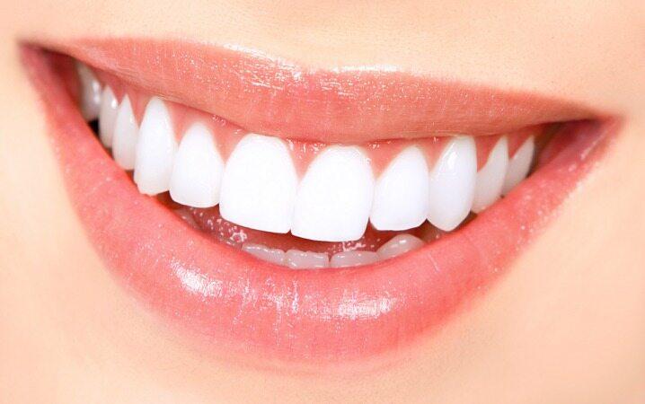 مصرف این خوراکیها پیش از خواب دندانهایتان را محکم میکند
