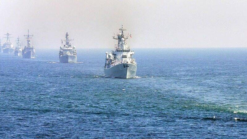 خلیج فارس و تنگه هرمز نظامی میشود