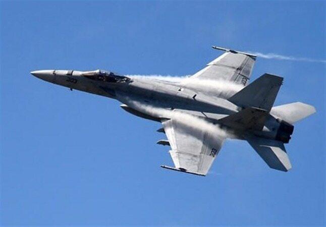 اخطار پدافند هوایی ارتش به یک فروند جنگنده F-۱۸