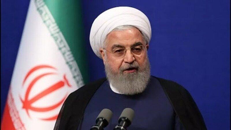 روحانی: پسانداز مردم در بانکها رشد داشته است/ طرحهای مهمی به بورس عرضه میشود
