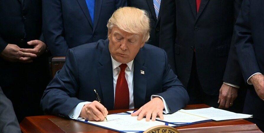 ترامپ دستور اجرایی علیه «رسانههای اجتماعی» را امضا کرد