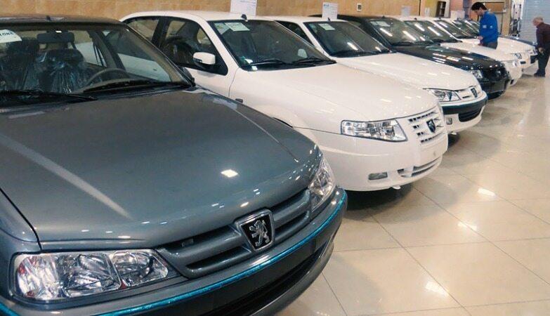 تب تند دلار گریبان قیمت در بازار خودروهای داخلی و خارجی را گرفت+ قیمت