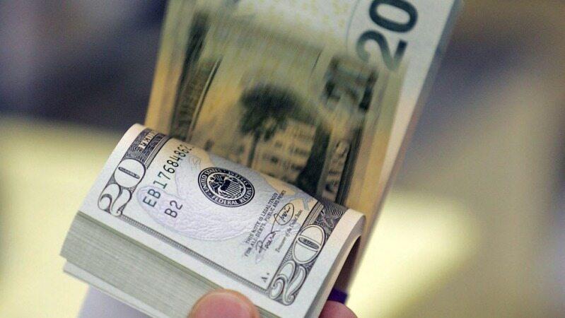 صعود دلار به کانال ۲۴ هزار تومان