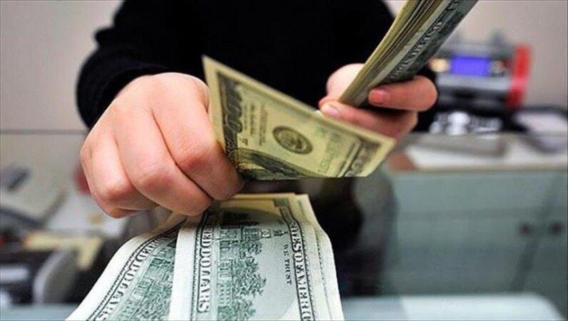 ۳ روز تا پایان مهلت صادرکنندگان/ بازار ارز بعد از ۳۱ تیر آرام میشود؟/صرافها: دلار ۲۵ هزار تومانی ماندگار نیست