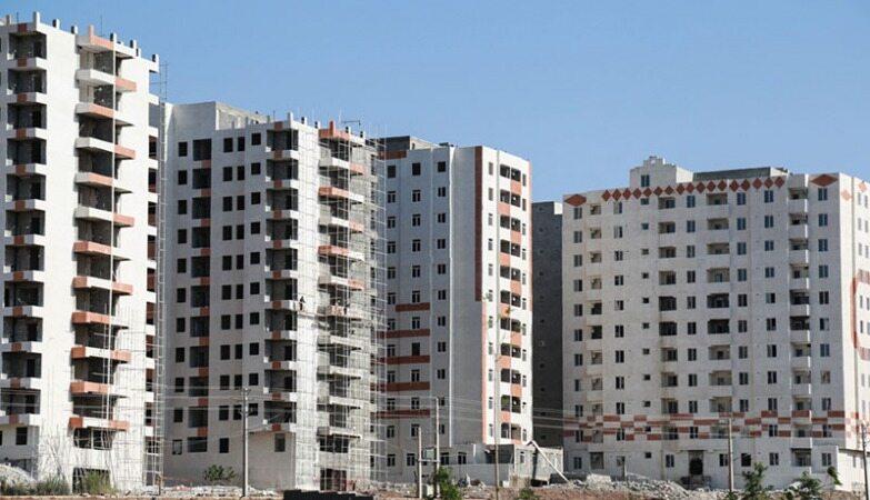 یک نفر ۶۰۵ خانه دارد!