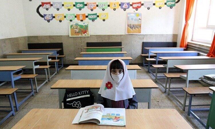 حضور دانشآموزان کلاس اولی هم در مدرسه الزامی نیست