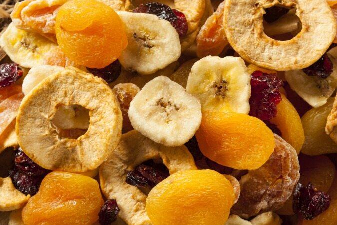 با خوردن این 7 غذا هیچ دندان سالمی برایتان نخواهد ماند