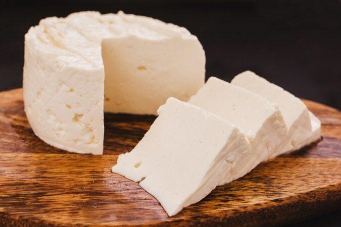 آیا خوردن پنیر برای شما ضرر دارد؟