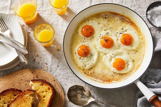 این غذا های پر از کلسترول برای سلامت شما ضروری هستند