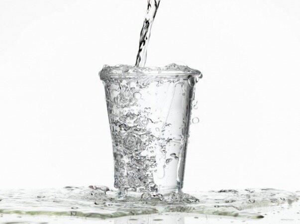 خوردن این مقدار آب می تواند باعث کشته شدن شما شود