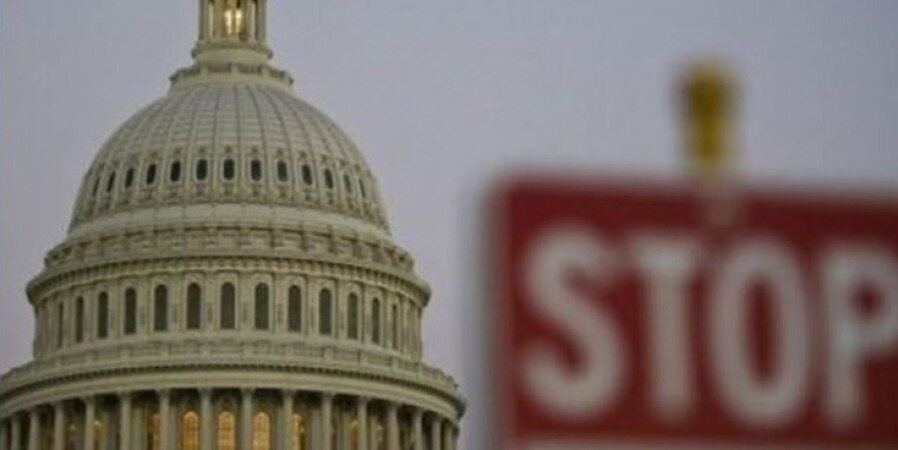 تصویب بودجه موقت برای جلوگیری از تعطیلی دولت آمریکا