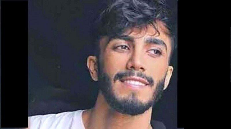 مهراد جم خواننده پاپ هم از ایران رفت