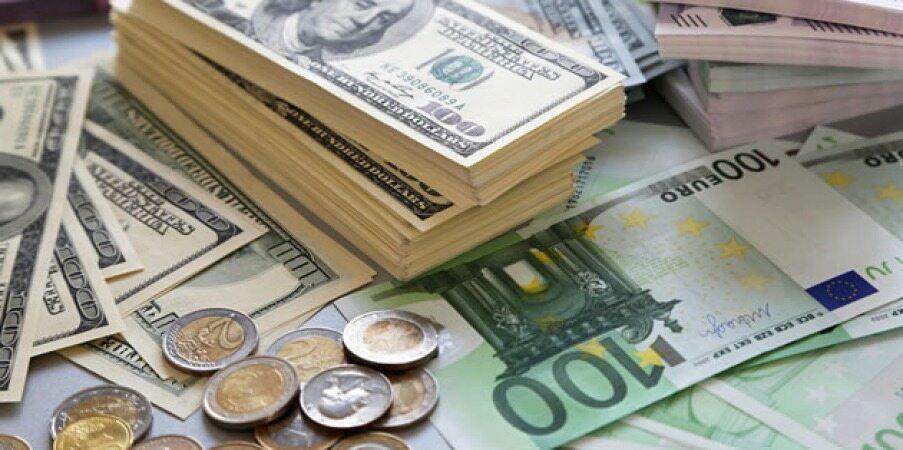 دلار در سراشیبی سقوط قرار گرفت