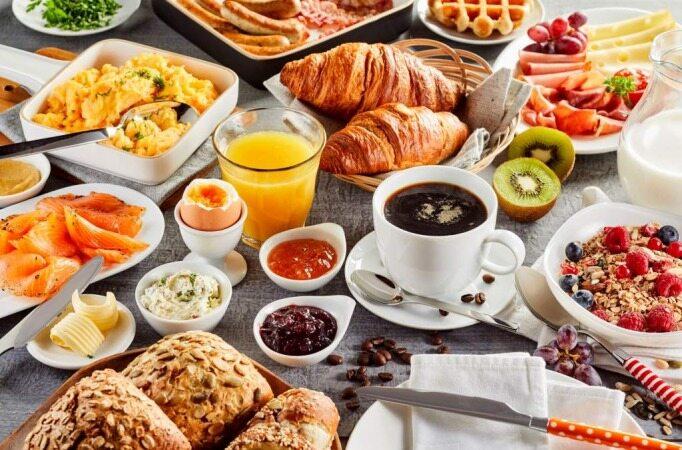 چه زمانی صبحانه موجب افزایش وزن میشود؟