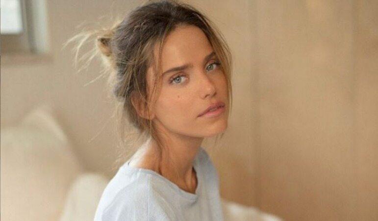 زیبا ترین دختر جهان در سال 2020 را ببینید