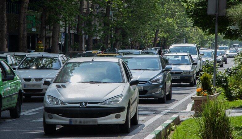 بازگشت آرامش نسبی به بازار خودرو / سمند ال ایکس به 175 میلیون تومان رسید