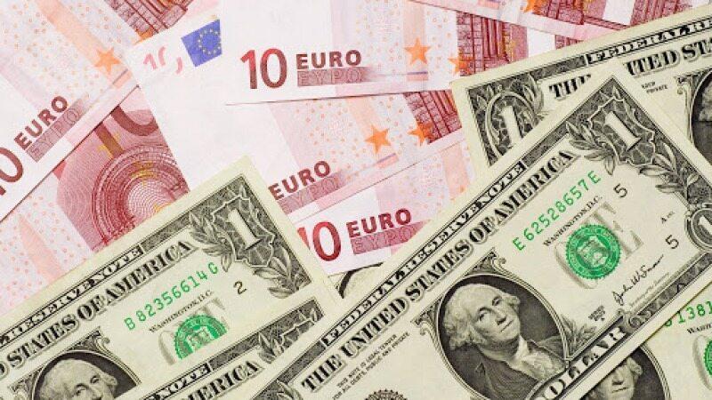 واکنش نرخ ارز در صرافی ملی به دلار ۱۵ هزار تومانی رئیس جمهور