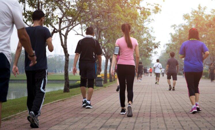 اصول صحیح پیاده روی کردن را یاد بگیرید