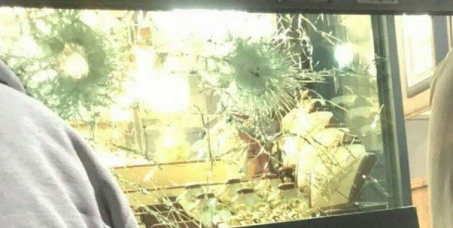 سرقت مسلحانه از طلافروشی در پرند+فیلم