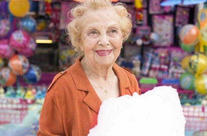مادربزرگ 89 ساله مشهور ترین مدل ایرانی