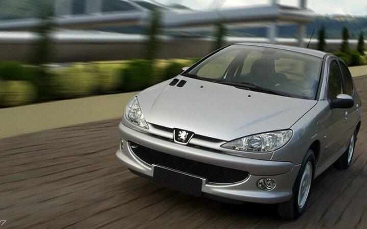 ثبات قیمت خودرو در بازار نوروزی/پژو 206 تیپ 2 به 194 میلیون تومان رسید