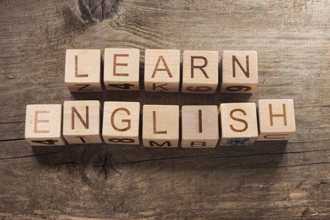 8 راه برای اینکه سریعتر زبان انگلیسی را بیاموزیم