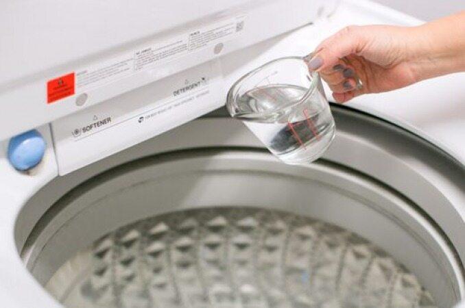 این محلول ساده و ارزان بهتر از هر مایع لباسشویی کار میکند
