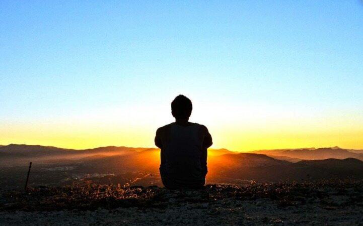 چگونه بفهمیم افسرده شده ایم و یا غمگین هستیم؟