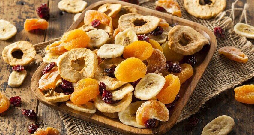 آیا میوه های خشک یک خوراکی سالم هستند؟