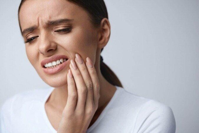با این روش ها آفت دهان خود را درمان کنید