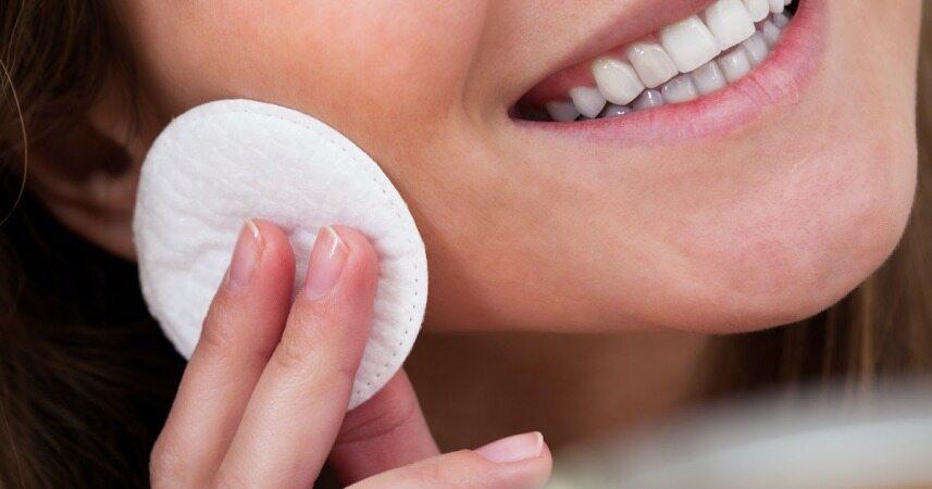 با این روش ها مانع از چرب شدن پوست خود شوید