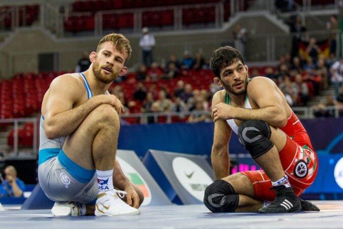 یزدانی با لبخند پاسخ کشتیگیر سوئیسی را داد!/یزدانی و تیلور یک گام تا رویارویی در فینال المپیک