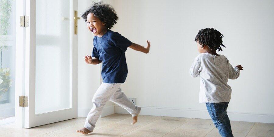 5 مرز اخلاقی که باید برای کودک خود تعیین کنید