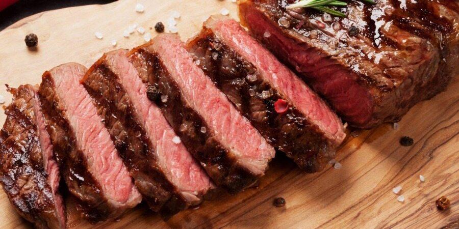 اگر بخواهیم تا 100 سال زنده بمانیم چقدر گوشت باید بخوریم؟