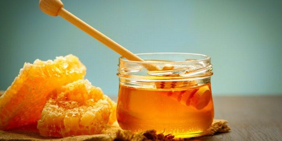 5 روش ساده برای تشخیص عسل تقلبی از عسل طبیعی